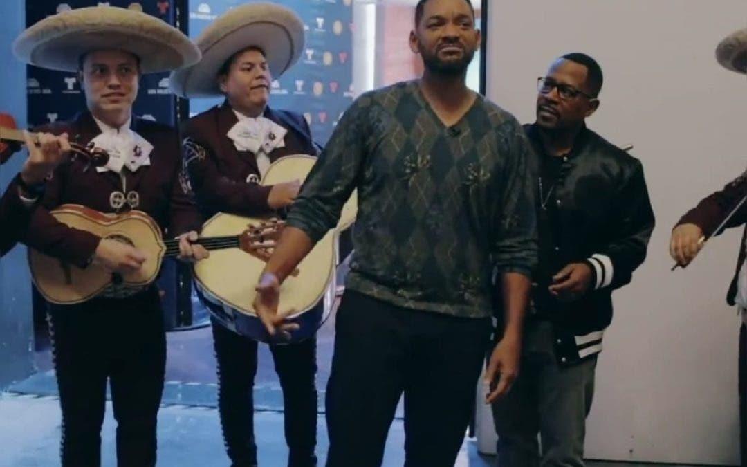 """Will Smith canta tema de """"Bad Boys"""" con mariachi"""