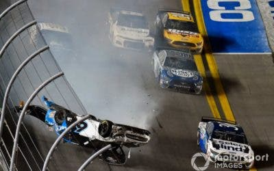 Ryan Newman protagoniza carrera con fuerte accidente