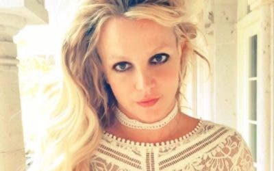 Britney Spears revela video de fractura en su pie