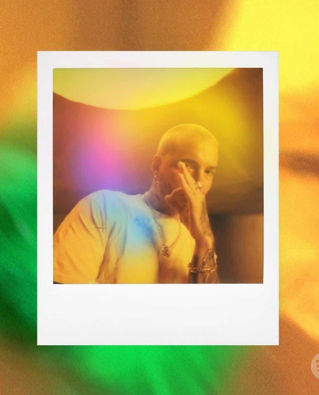 J Balvin lanza nuevo álbum titulado Colores.