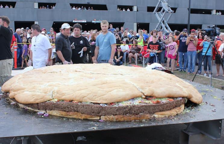 La hamburguesa más grande del planeta.