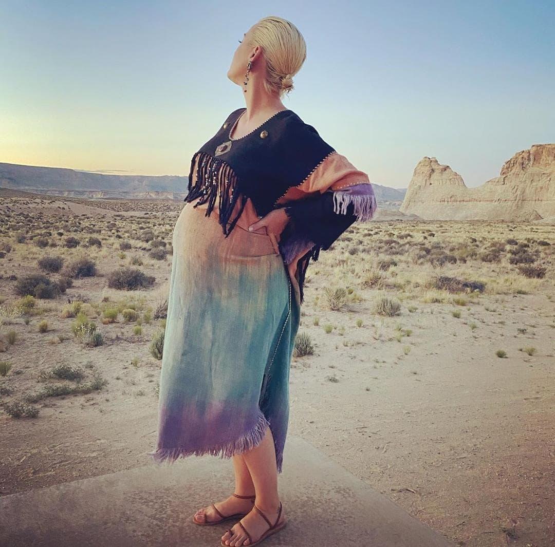 Katy Perry pronto dará a luz a una niña.