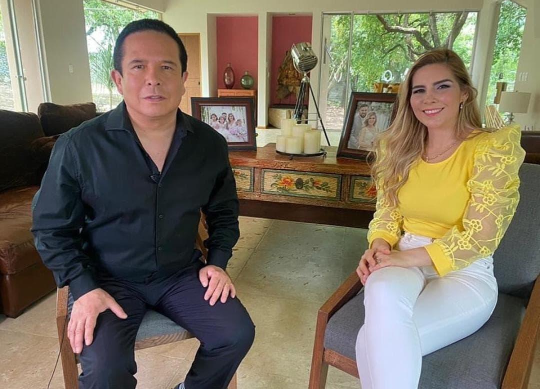 Karla Panini buscaba al medio que le pagará más para dar la entrevista exclusiva