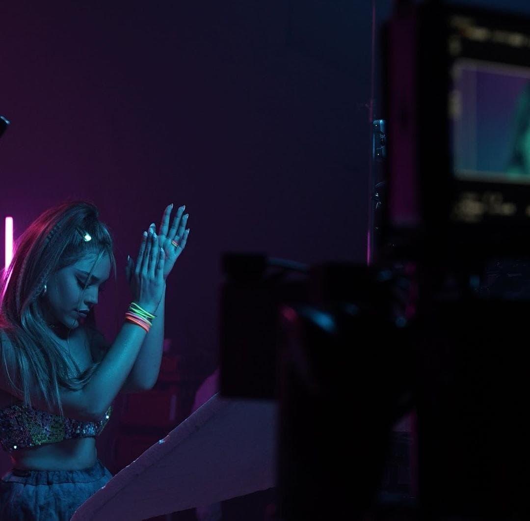 La cantante mexicana está en proceso de realización de su próximo álbum.